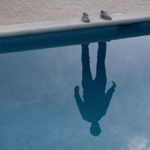 hombre invisible sombra