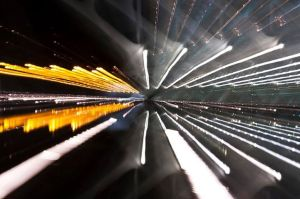 ecos de luz y sonido